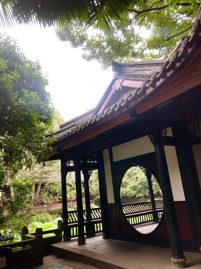 祠堂微雨~成都武侯祠博物館-成都-四川-撮影:李玲