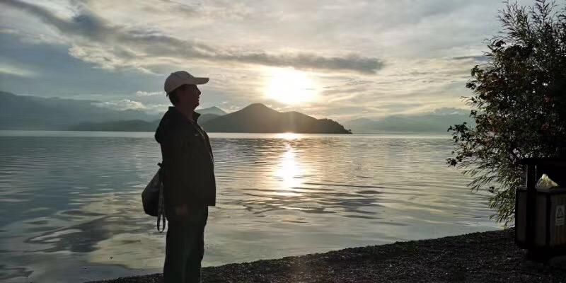 盧沽湖-塩源県-四川-撮影:隗冠中