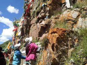 扎日姆山-瓦須郷-石渠県-カンゼ・チベット族自治州-写真提供:李倩倩