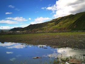 新都橋鎮-康定市-カンゼ・チベット族自治州-撮影:李蓉