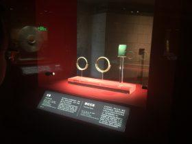 玉鐲-綠松石珠-玉器-展示ホール4-千載遺珍-金沙遺跡博物館-成都市