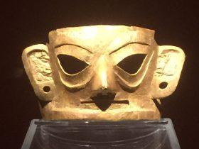 金面具-金器-展示ホール4-千載遺珍-金沙遺跡博物館-成都市