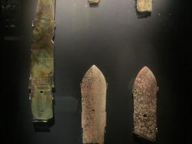 玉戈【3】-展示ホール3-天地は絶えず-金沙遺跡博物館-成都市