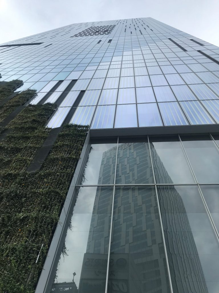 曲線と直線・人間と環境-SHIBUYA-STREAM-渋谷ストリーム-渋谷駅-東京