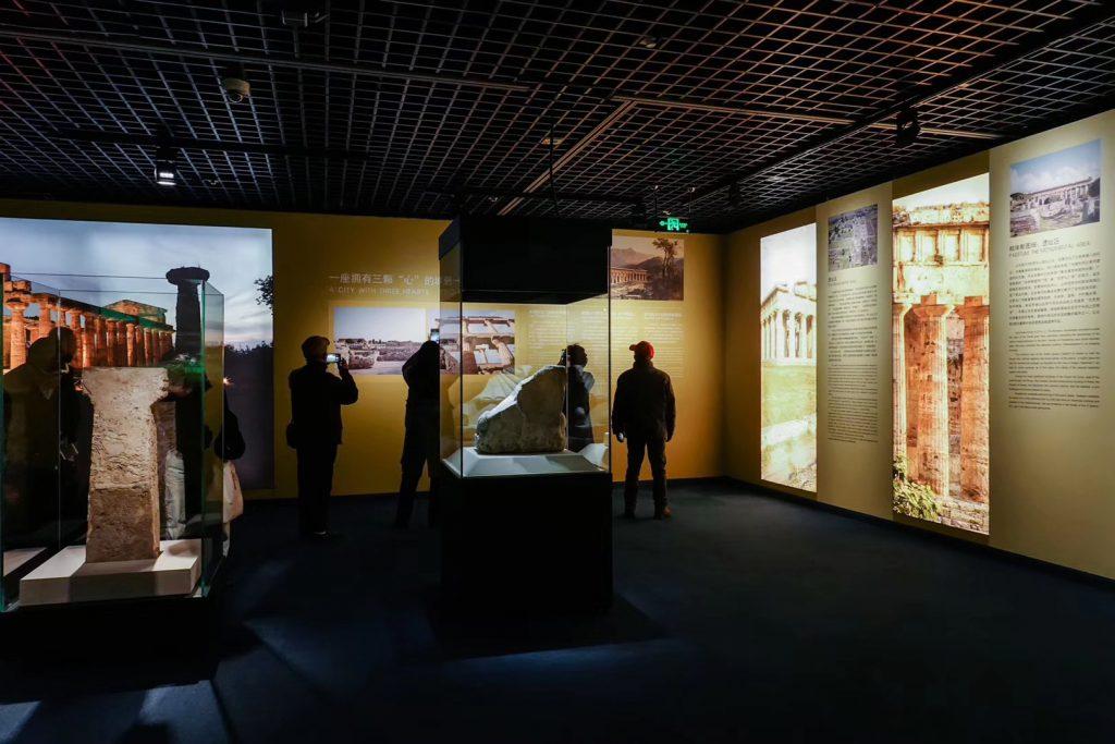 特別展【彩絵地中海-PAESTUM-一つ古城の文明と幻想】-四川博物院-撮影:Zhangyan