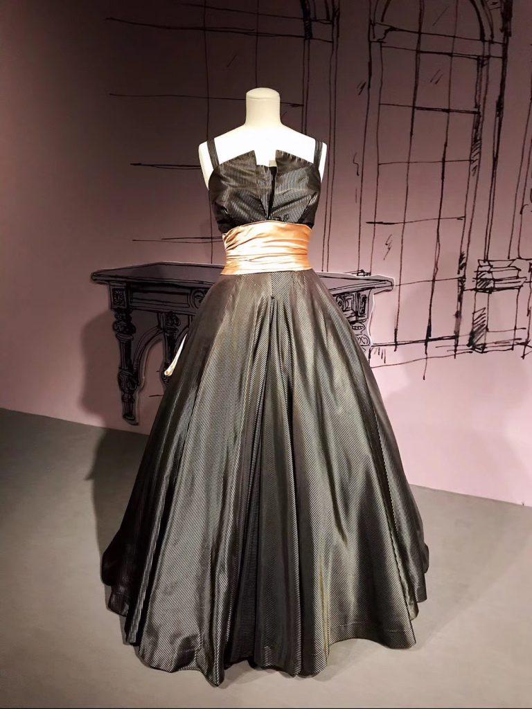 特別展【ディオールによるディオール Dior by Dior】-中国絲綢博物館-撮影:淘芸-楊溢