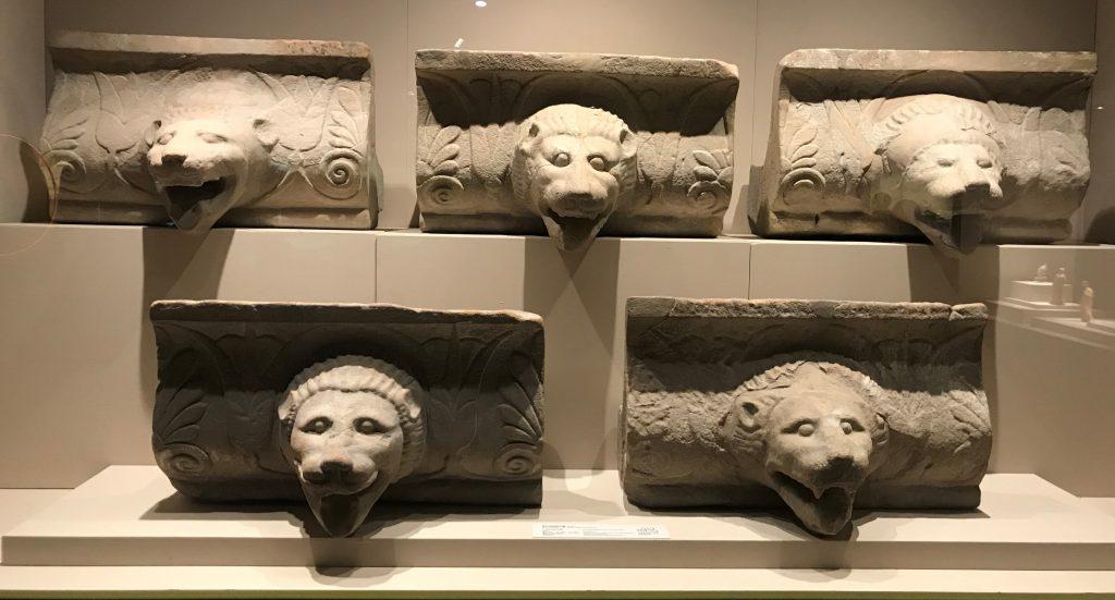 獅頭造型滴水漕-特別展【彩絵地中海-PAESTUM-一つ古城の文明と幻想】-四川博物院