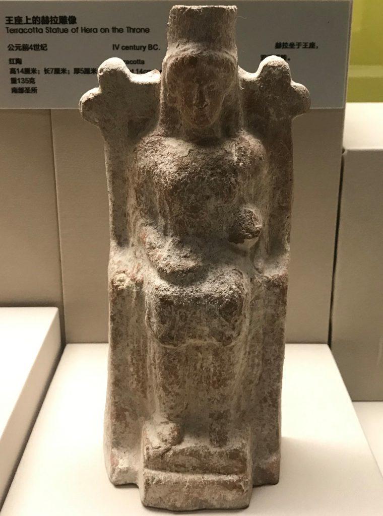 王座上のヘラ像-特別展【彩絵地中海-PAESTUM-一つ古城の文明と幻想】-四川博物院