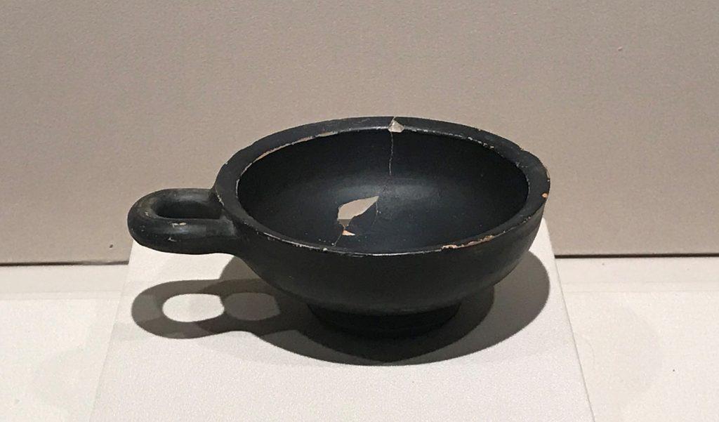 黒漆片耳杯 -特別展【彩絵地中海-PAESTUM-一つ古城の文明と幻想】-四川博物院
