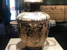 紅絵双耳陶瓶-特別展【彩絵地中海-PAESTUM-一つ古城の文明と幻想】-四川博物院