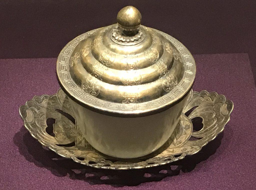 白玉茶碗-万寿盛典-特別展-金玉琅琅-清代宮廷の儀式と生活-金沙遺跡博物館