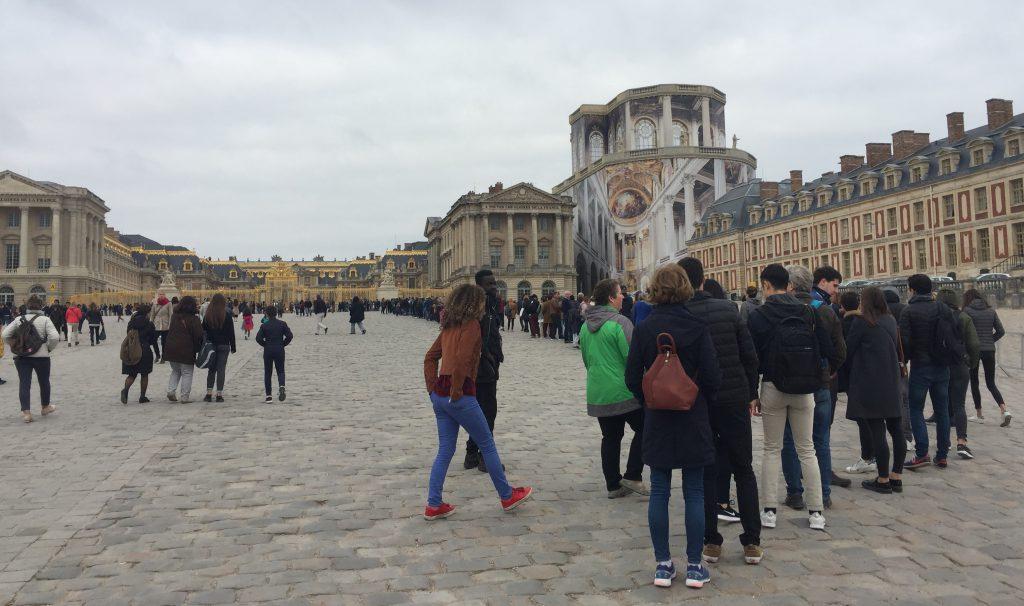 アルム広場-Place d'Armes-ヴェルサイユ宮殿-Château de Versailles-2018年10月-パリ-フランス