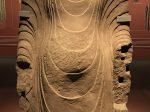 立仏像-肩飾袈裟-南北朝-シルクロード仏影-和韻同光-特別展【映世菩提】成都博物館