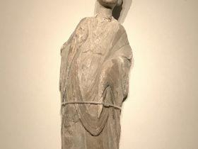 菩薩像-顔長い-北魏-齊粱之変-特別展【映世菩提】成都博物館