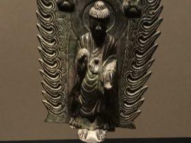 銅釋迦摩尼立像-北魏-齊粱之変-特別展【映世菩提】成都博物館