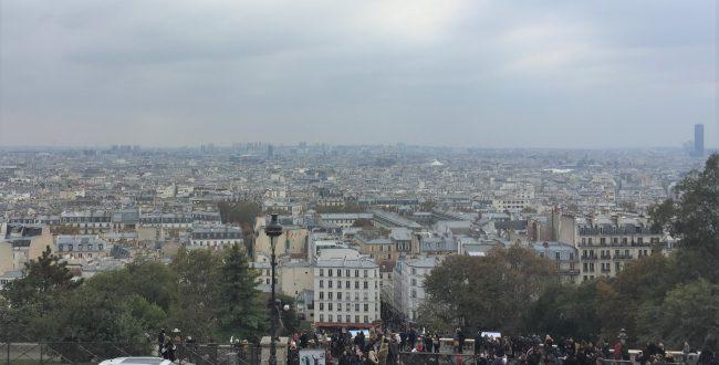 サッカーボール芸人-モンマルトル・サクレクール寺院周辺-Basilique du Sacré-Cœur de Montmartre-2018年10月-パリ-フランス