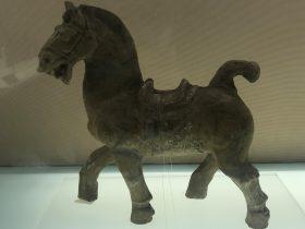 陶馬-東漢時代-成都羊子山レンガ室墓-陶瓷館-陶磁館-四川博物院-成都