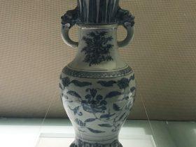 青花纏枝紋獸耳瓶-明代中晚期-陶瓷館-陶磁館-四川博物院-成都