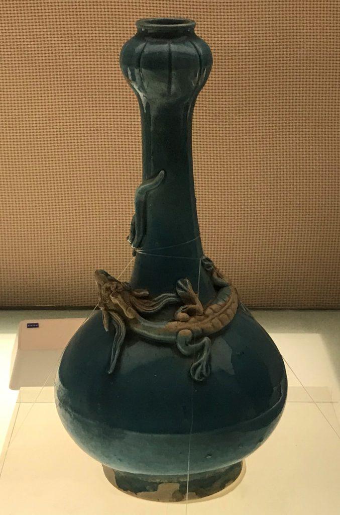 琺華螭紋蒜頭瓶-明代・嘉靖-陶瓷館-陶磁館-四川博物院-成都