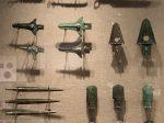 銅刀-銅削-柳葉形銅剣-三角援銅戈-直内銅戈-銅鉞-先秦時代-常設展F2-成都博物館