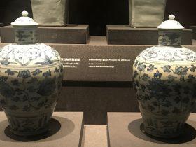 青花纏枝蓮紋帯蓋磁罐-明清時代-常設展F3-成都博物館