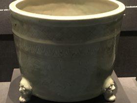 青釉纏枝蓮紋磁爐-明清時代-常設展F3-成都博物館