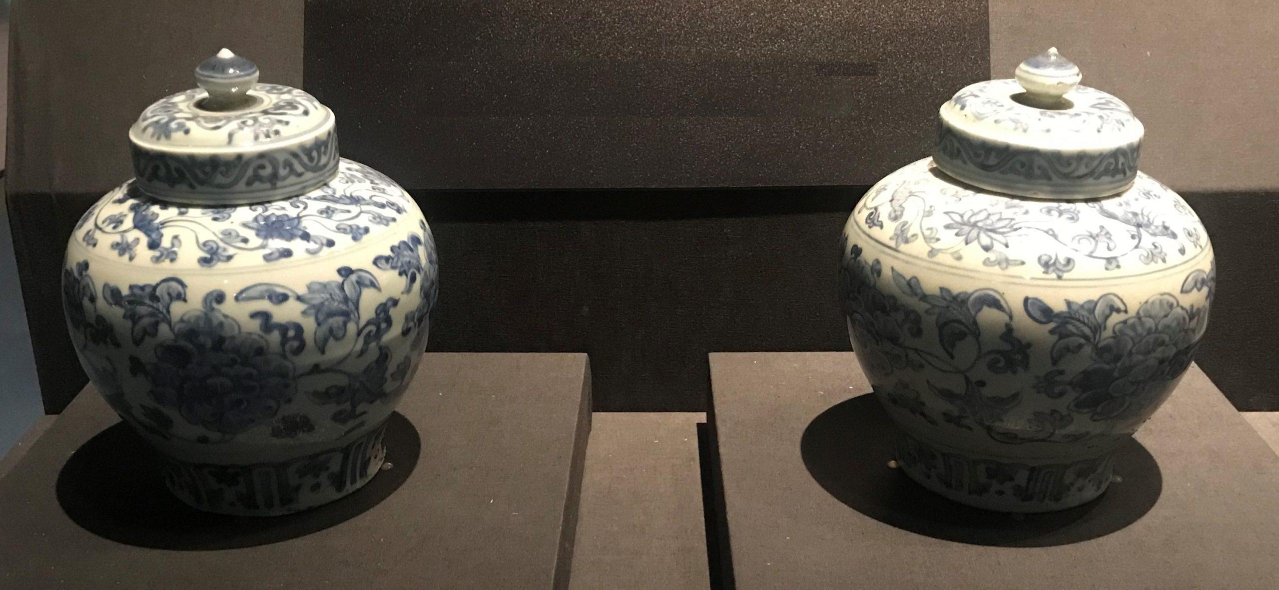 青花纏枝花卉紋帯蓋磁罐-明清時代-常設展F3-成都博物館