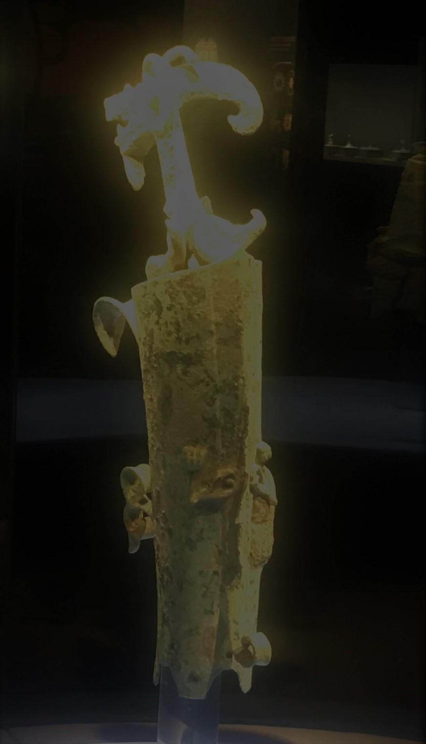 青銅立体龍形飾り-青銅器館-三星堆博物館-広漢市-徳陽市-四川省