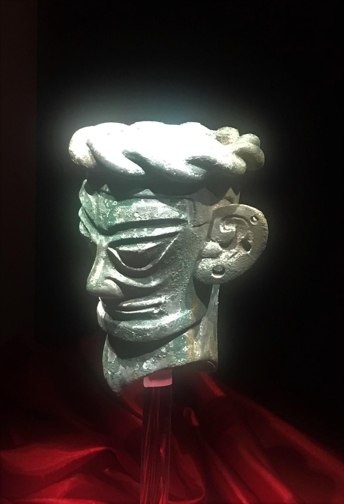 青銅布巻人頭像-青銅器館-三星堆博物館-広漢市-徳陽市-四川省