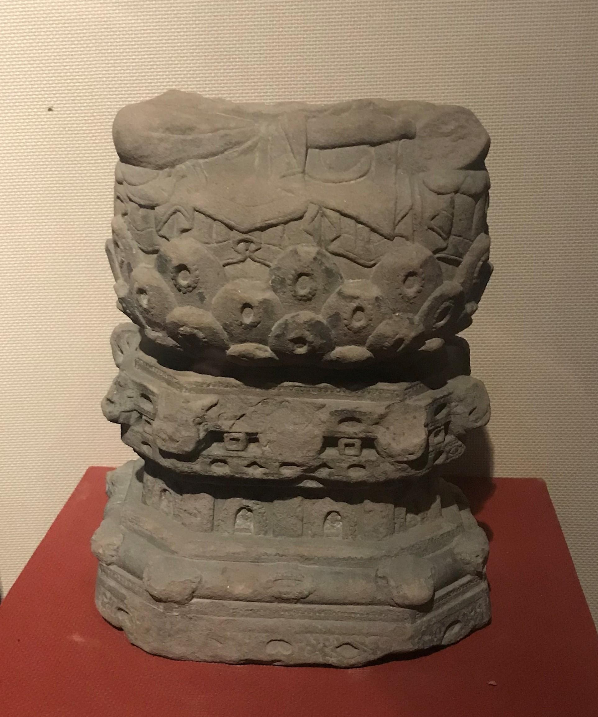 仏像残座-唐代-四川万仏寺石刻館-四川博物院-成都