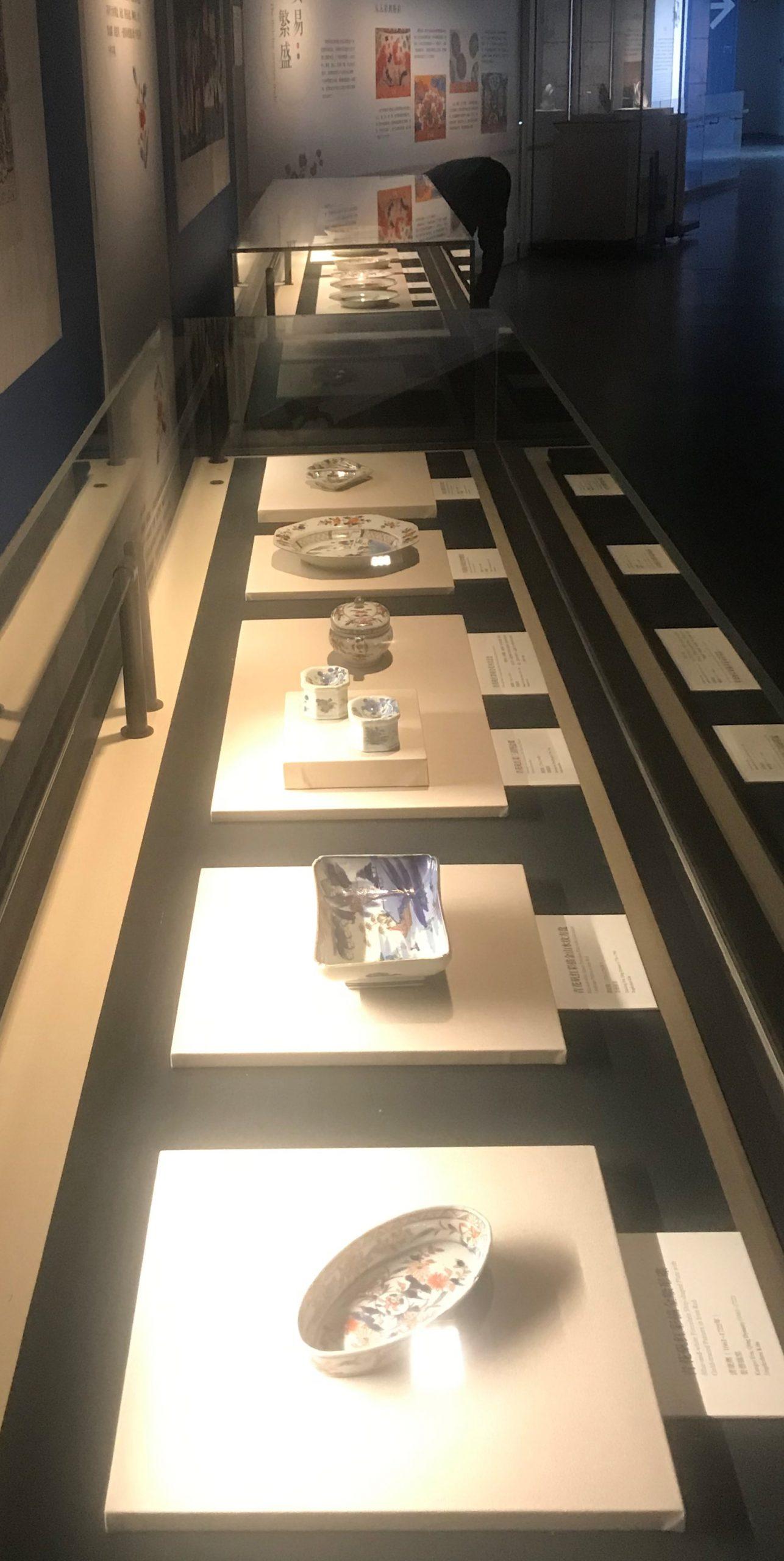 6月30日-10月11日【競妍-清代中日伊万里瓷器特展】成都博物館-3階展示室