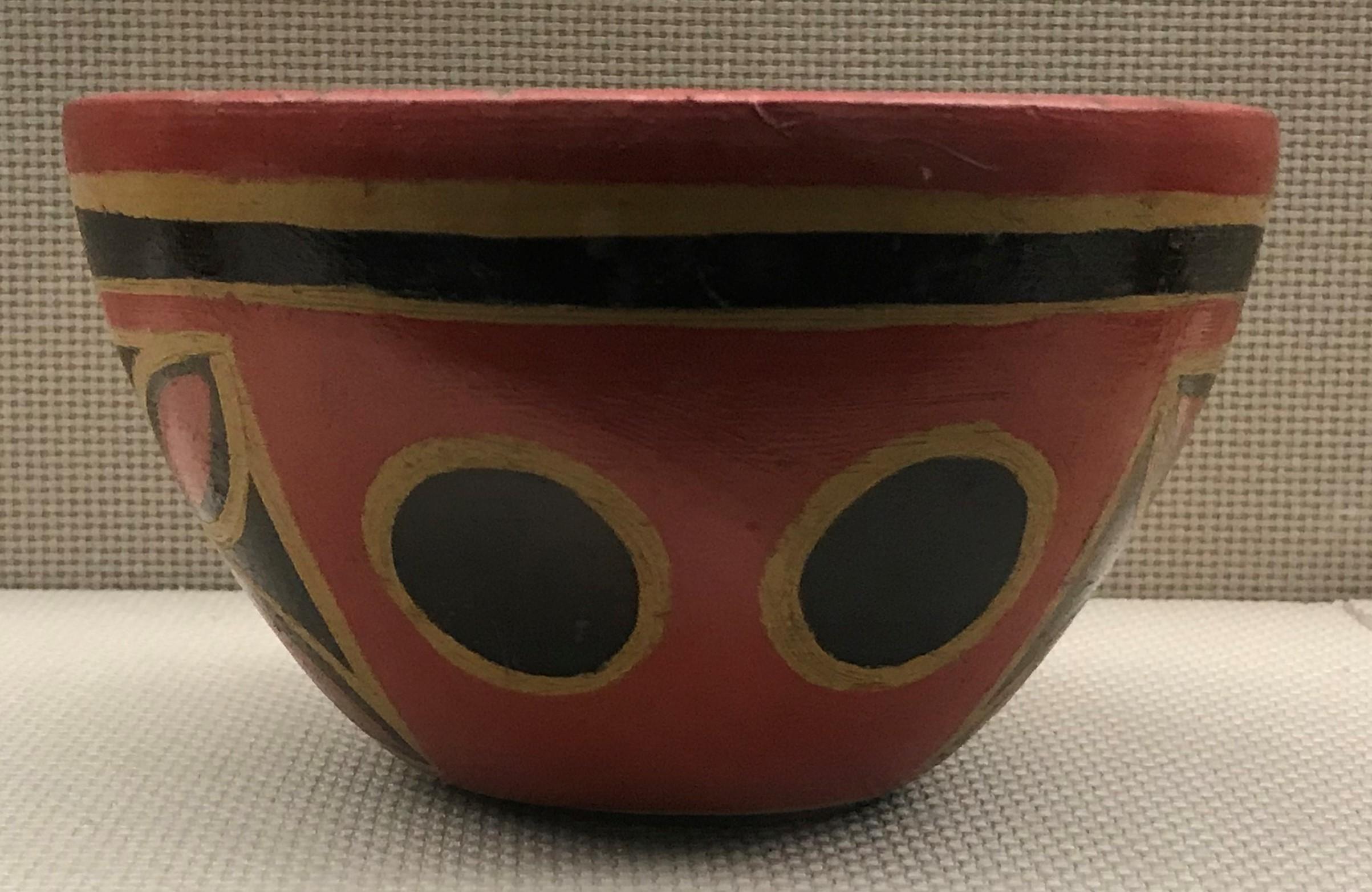 彩絵反口大杜漆碗-漆山羊角杯-彜族漆器-四川民族文物館-四川博物館-成都