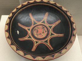 彩絵漆木鉢-彜族漆器-四川民族文物館-四川博物館-成都