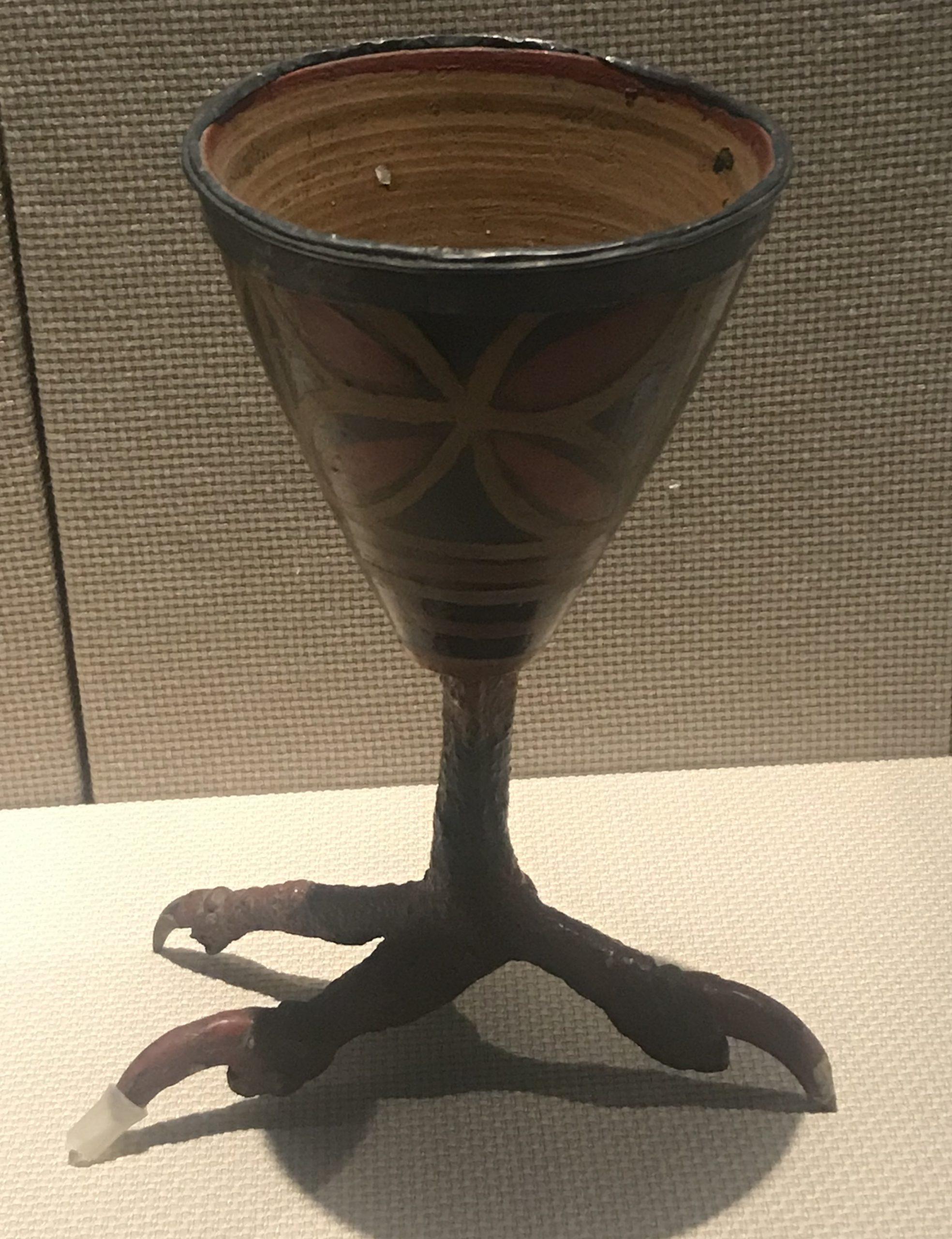 銀扣彩絵鷹爪足漆杯-彜族漆器-四川民族文物館-四川博物館-成都