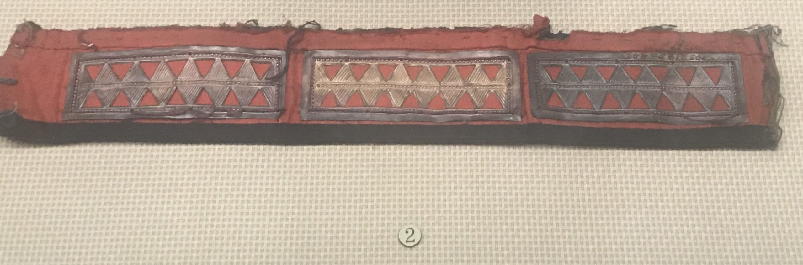 排形銀領花-棱形鏤空銀領飾--銀領ボタン-彜族アクセサリー-四川民族文物館-四川博物館-成都