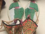 男式偏耳布スリッパ-彜族衣装-四川民族文物館-四川博物館-成都