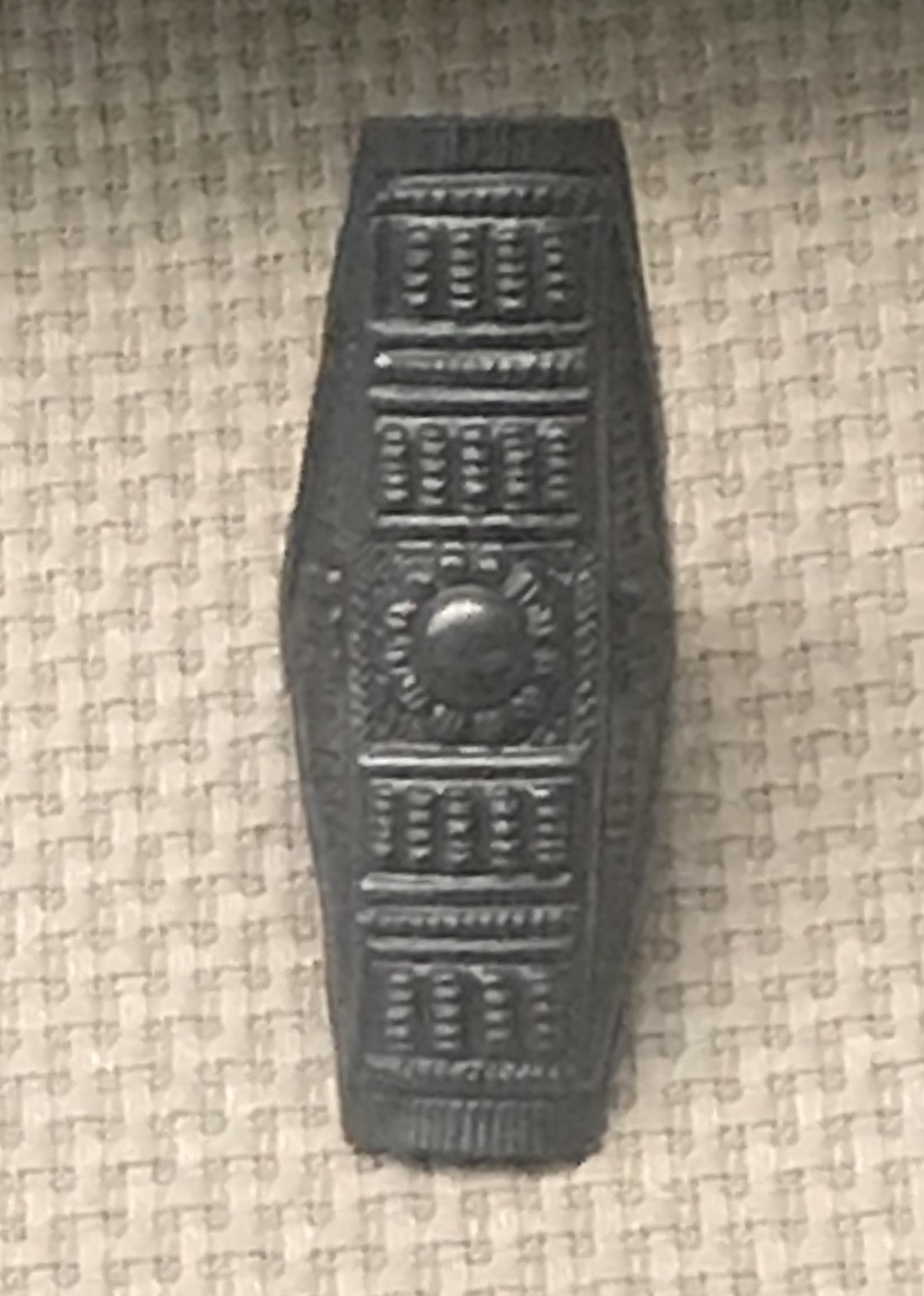 船形葵花銀指輪-鏤空梅花銀指輪-圓筒式銀指輪-彜族アクセサリー-四川民族文物館-四川博物館-成都