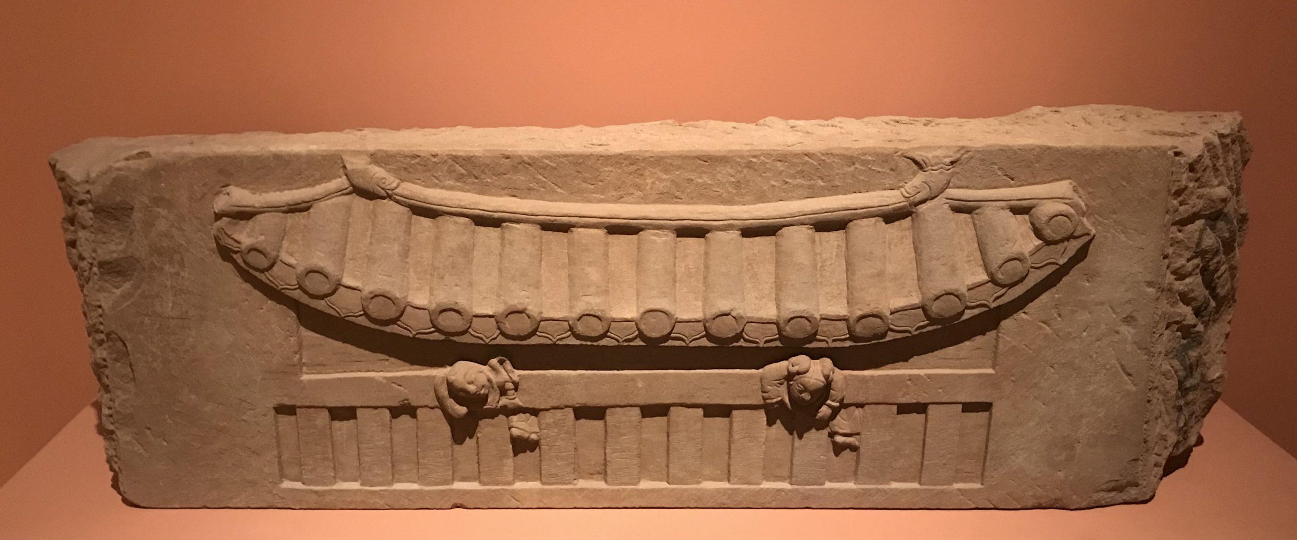 宋墓勾欄童子図-南宋-天下の大足-大足石刻の発見と継承-金沙遺跡博物館-成都