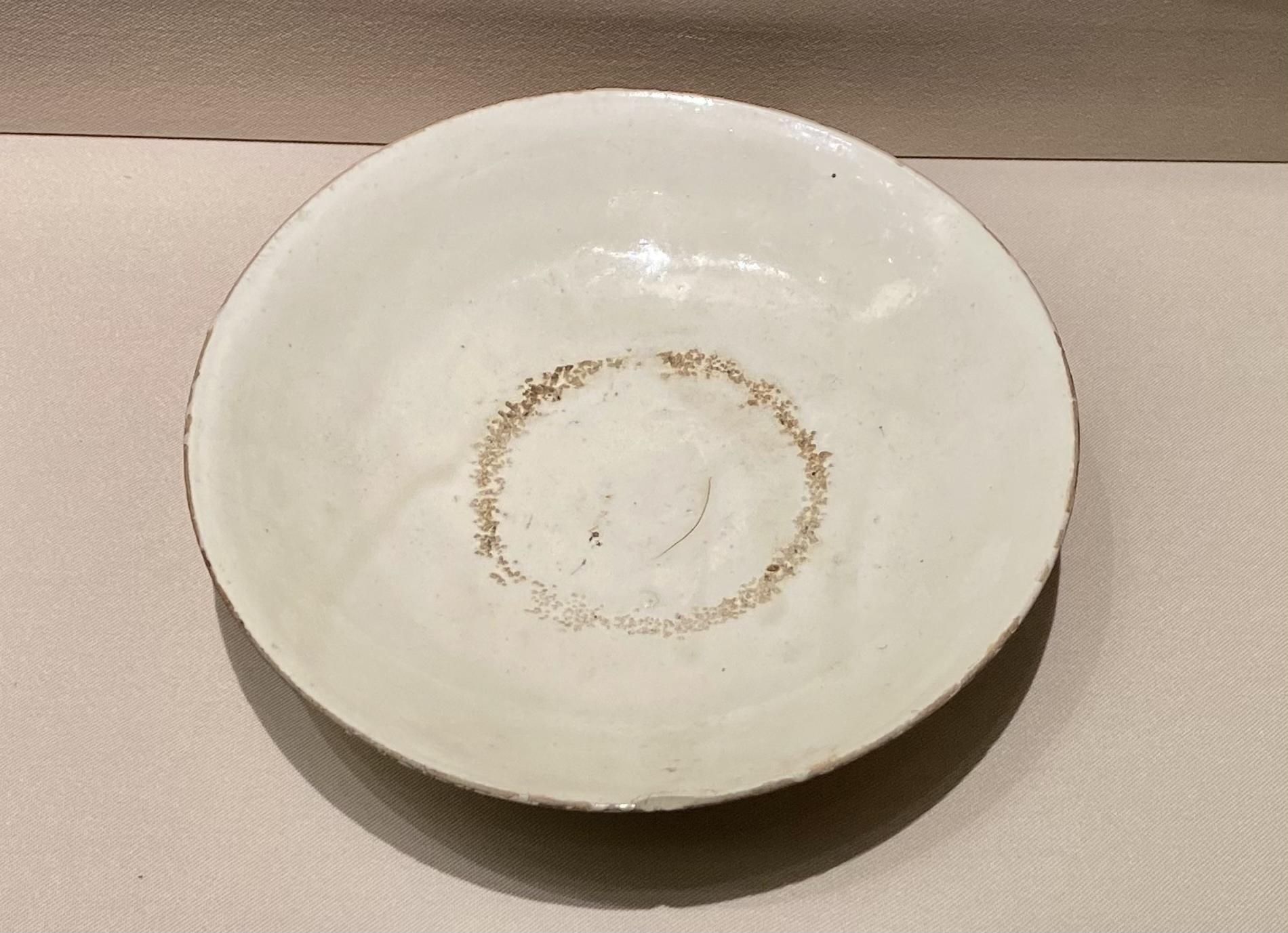 白磁盤-唐時代-巡回特別展【天歌長歌-唐蕃古道】-四川博物館