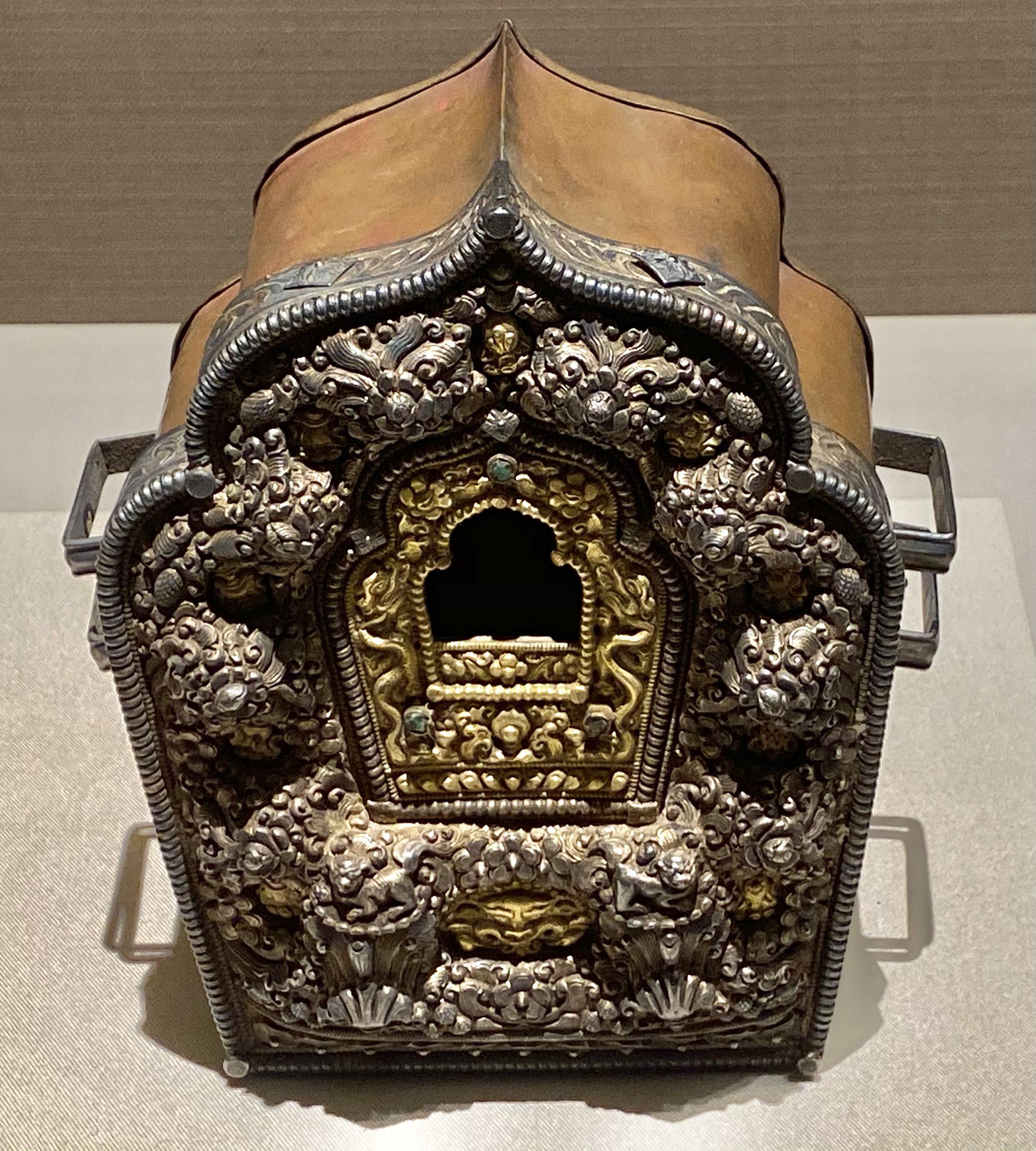 堆花双龍呷嗚盒-近代-巡回特別展【天歌長歌-唐蕃古道】-四川博物館