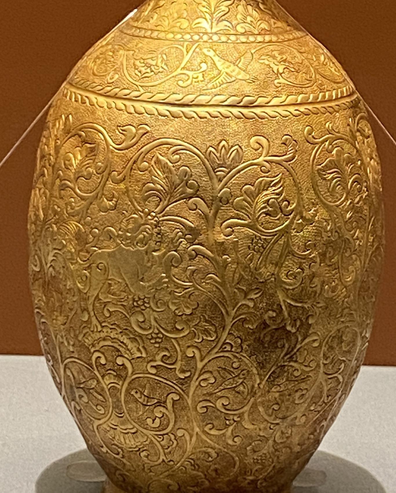 纏枝紋長頸金瓶-遼時代-特別展【食味人間】四川博物院・中国国家博物館