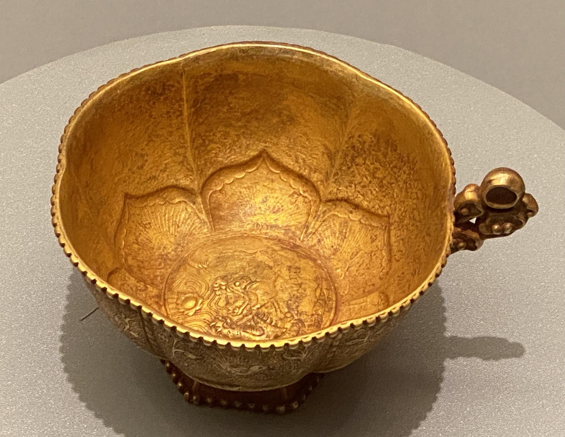 蓮瓣形片把金杯-遼時代-特別展【食味人間】四川博物院・中国国家博物館