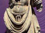左に蓮花持ち-菩薩立像-特別展【山高水長・物象千年-シルクルードの文化と交流】四川博物院-平山郁夫シルクロード美術館
