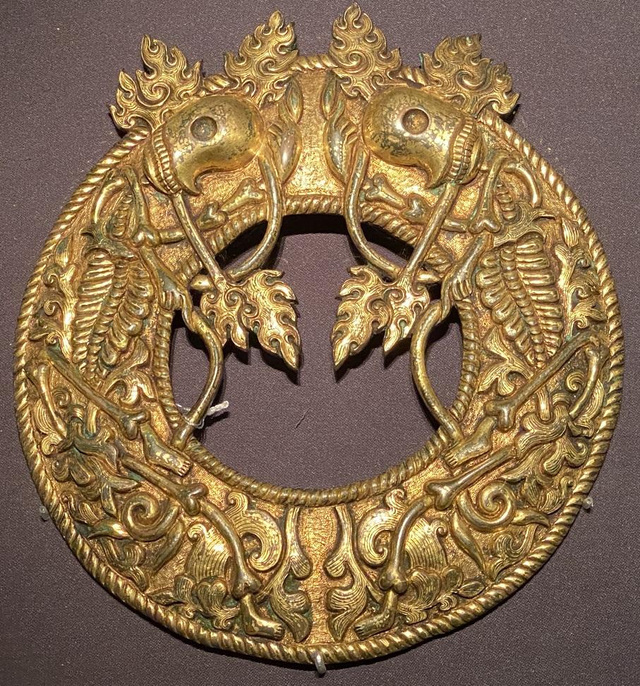 銅鎏金鏡框-特別展【七宝玲瓏-ヒマラヤからの芸術珍品】-金沙遺跡博物館-成都