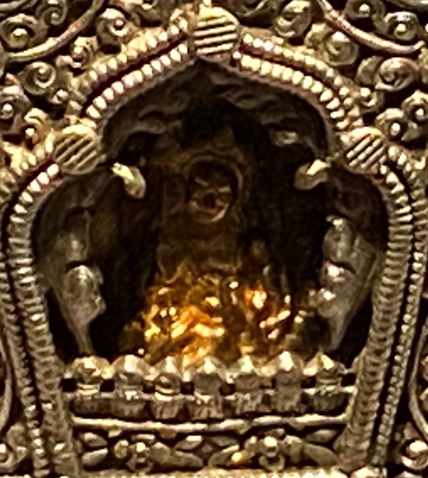 銀仏龕式嘎嗚-特別展【七宝玲瓏-ヒマラヤからの芸術珍品】-金沙遺跡博物館-成都