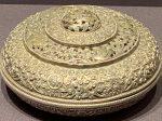 銀糍粑盒-特別展【七宝玲瓏-ヒマラヤからの芸術珍品】-金沙遺跡博物館-成都