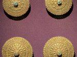 銀鎏金嵌緑松石圓形耳釘-特別展【七宝玲瓏-ヒマラヤからの芸術珍品】-金沙遺跡博物館-成都
