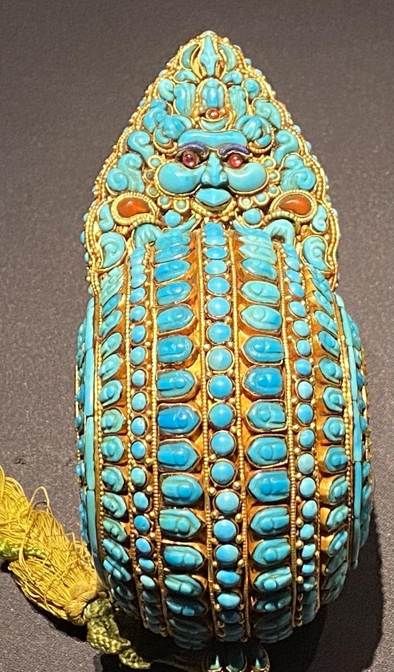 金嵌緑松石礼儀肩飾-特別展【七宝玲瓏-ヒマラヤからの芸術珍品】-金沙遺跡博物館-成都