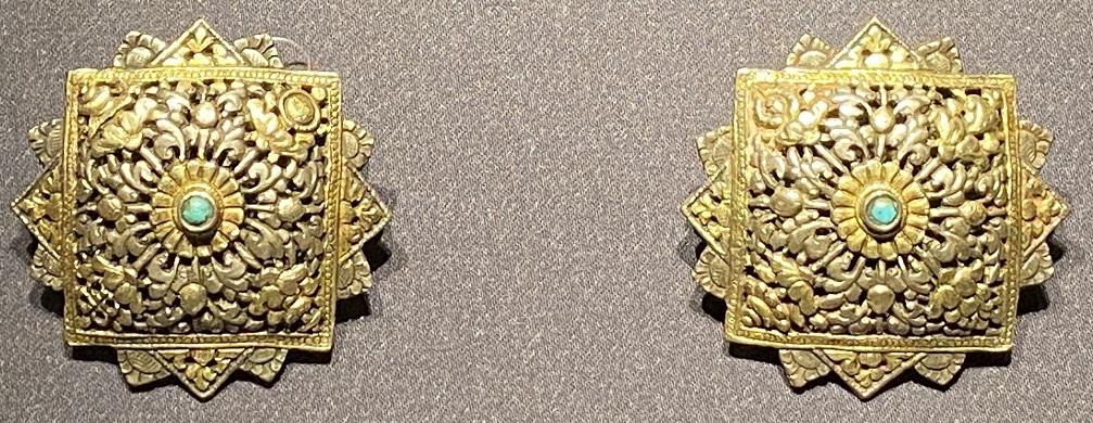 銀鎏金釦飾-特別展【七宝玲瓏-ヒマラヤからの芸術珍品】-金沙遺跡博物館-成都