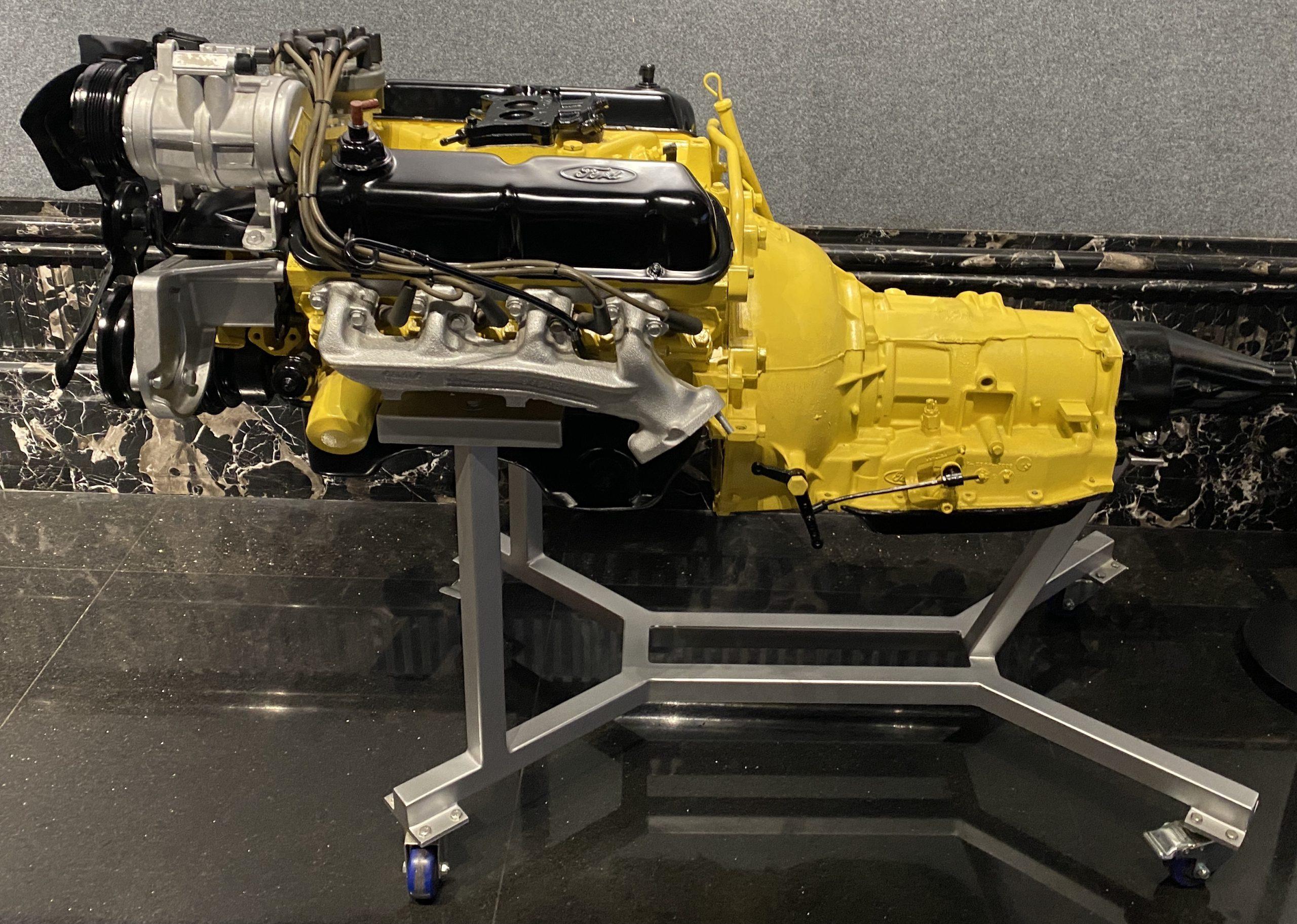 フォード302エンジン-常設展-三和老爺車博物館-成都市-四川省